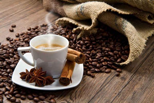 โทษของการดื่มกาแฟที่มีผลเสียต่อสุขภาพ